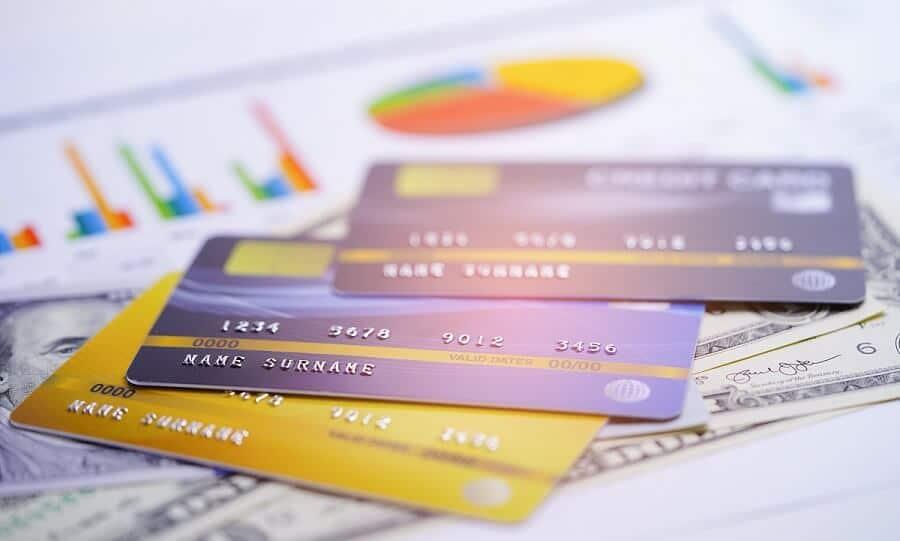 15 Best Debit Cards In India (2020): Features & Comparison