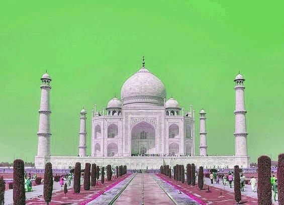 taj-mahal-green-sky
